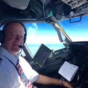 Flying the B737 with EFB
